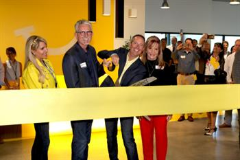 DentalSelect-RibbonCutting